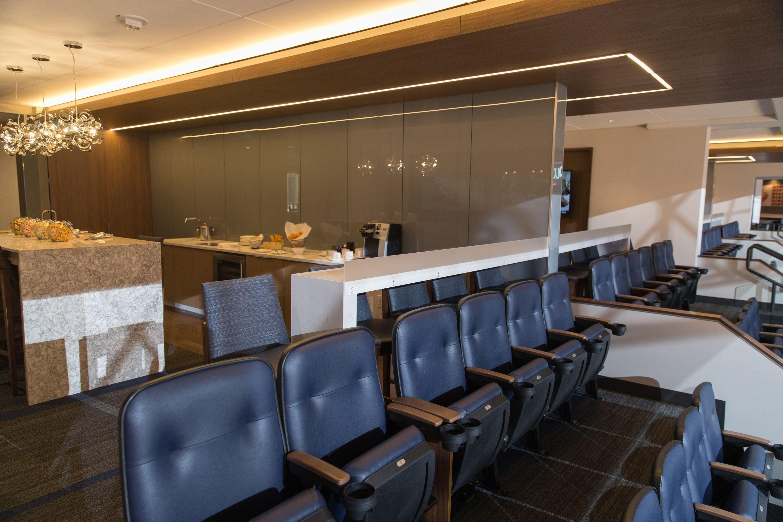 target-center-ti-resort-casino-premium-high-res-161024-chairmans-suite-b.jpg